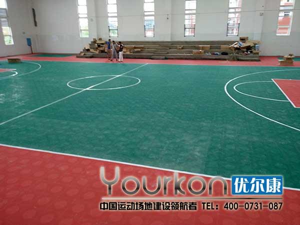 长沙连山小学室内悬浮拼装地板篮球场效果图